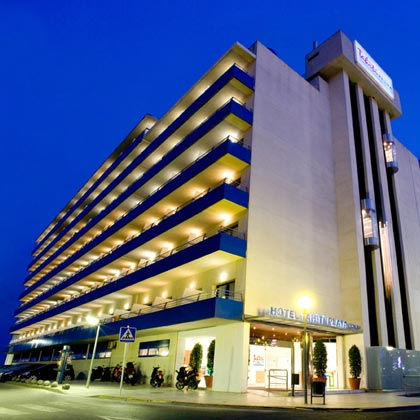 Hotel tahit playa h tel familial h tel pour enfants for Hotel au bord de mer