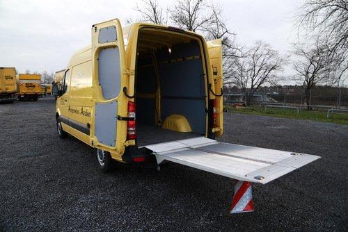 3,5 t Kastenwagen mit LBW