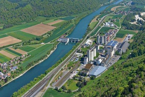 Firmengelände in Rekingen AG
