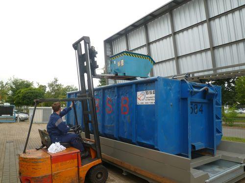 Containerstellplatz für Abroller