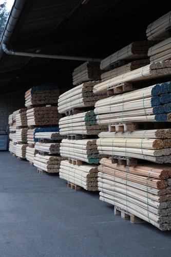 Holzdreikantleisten
