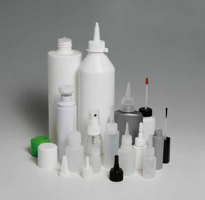Conditionnement de flacons en verre ou en plastique de 7ml à 1.5 litres . Neutres, étiquetés, mise en carton spécifique, nous conditionnons selon votre demande