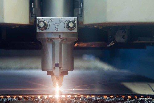 CNC-Blechbearbeitung