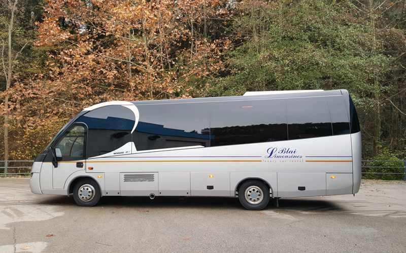 Minibus 24 pax
