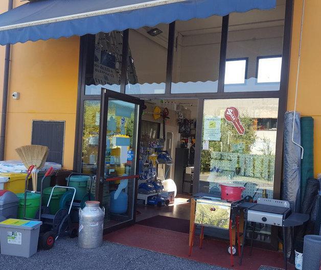 Ferramenta Colorificio Cinquetti Maria Cristina articoli per il Giardinaggio
