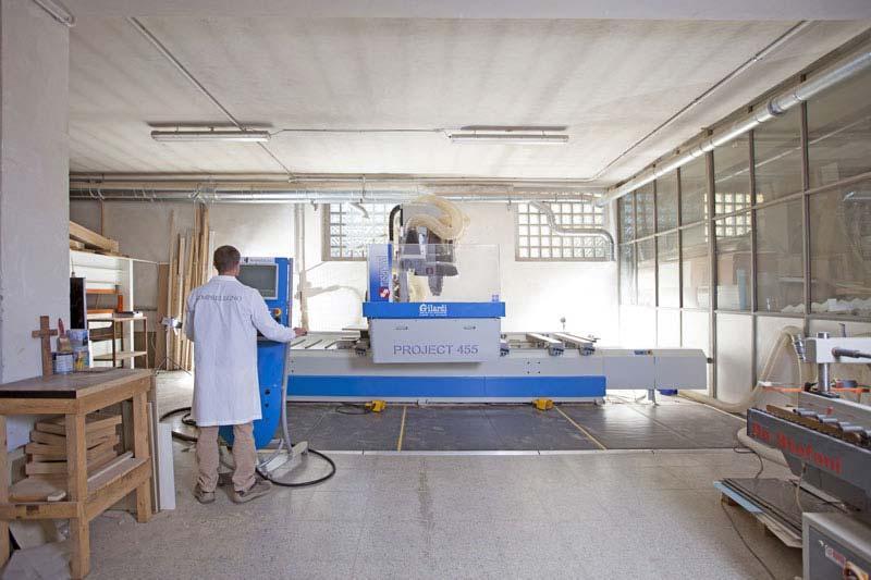 Laboratorio di falegnameria Semprelegno per arredamenti di design su misura