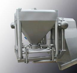 Gamme de mélangeurs, chargement des conteneurs par chariot pour conteneurs de capacité de 150L à 1200L. Mélangeurs commandés par PLC et automatisme intégrant des programmes pré-réglés