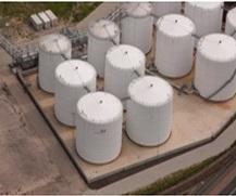 Independent bulk liquids storage