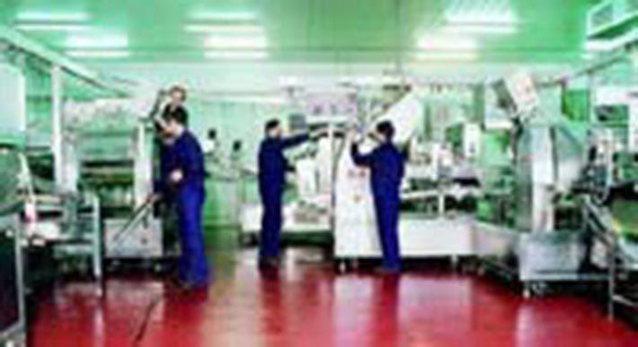 La Semper opera offre servizi di  pulizia industriale. E' specializzata in pulizia di impianti alimentari, pulizia di industrie conserviere, dolciarie, metalmeccaniche, mense e complessi industriali.