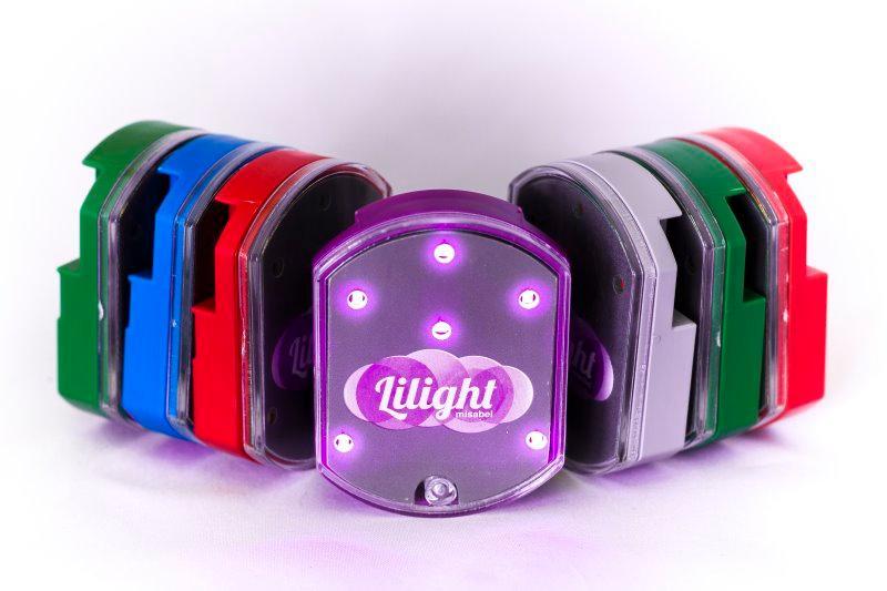 Leds Lilight esta disponible en varios colores con luz Lila o Roja.