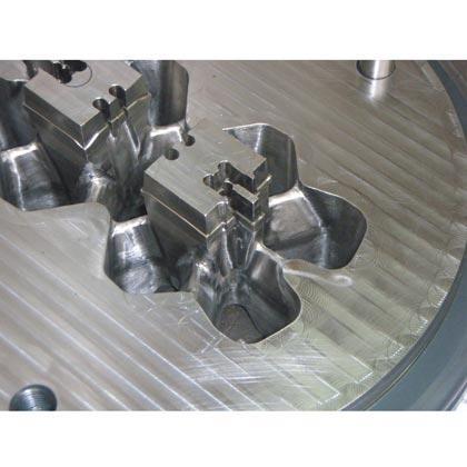 Extrusión de aceros y metales