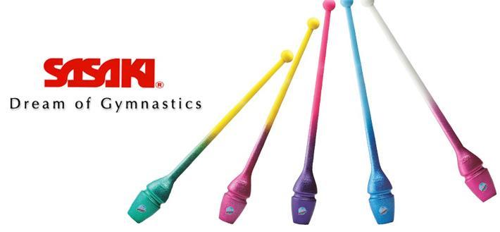 Clavette per ginnastica ritmica SASAKI realizzate in gomma con verniciatura glitterata e disponibili in 5 abbinamenti di colore diversi . Omologate dalla Federazione Internazionale di Ginnastica