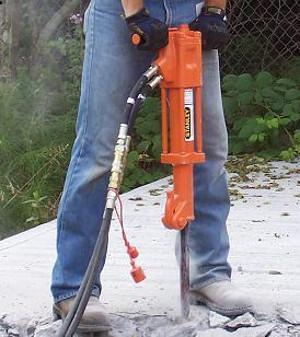 Hydraulische Abbruchhämmer, hydraulische Betonscheren, hydraulische Betonzangen, Betoncrusher, Concrete Crusher, Felsspalter, rock splitter