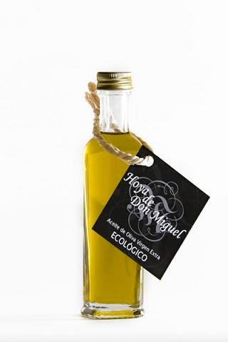 40 milliliters of organic olive oil virgin extra for events