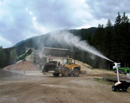 MOTOFOG est destinée a des sociétés exerçant dans l'industrie du bâtiment, les travaux de démolition et dans tout autre secteur impliquant l'obligation d'éliminer poussières, odeurs ou fumées.