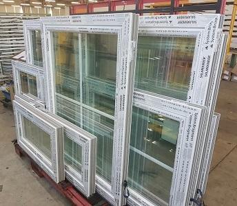 Notre fenêtre PVC sur mesure sont réalisées à partir de profilés SALAMANDER de grnade qualité. Nous réalisons toutes les dimensions pour vos fenêtres