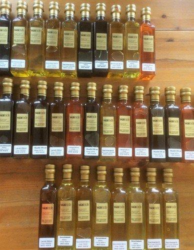 viele verschiedene Öle
