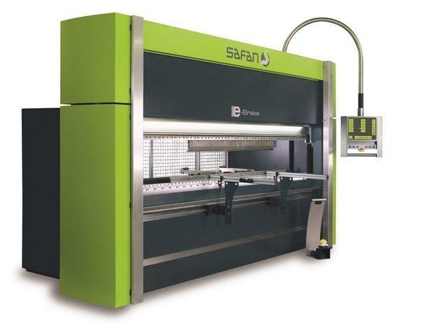 Une large gamme disponible de presse plieuse et cisaille électrique. De nombreux avantages: jusqu'à30% augmentation de productivité, 50% économie d'énergie, maintenance aisée, machine silencieuse...