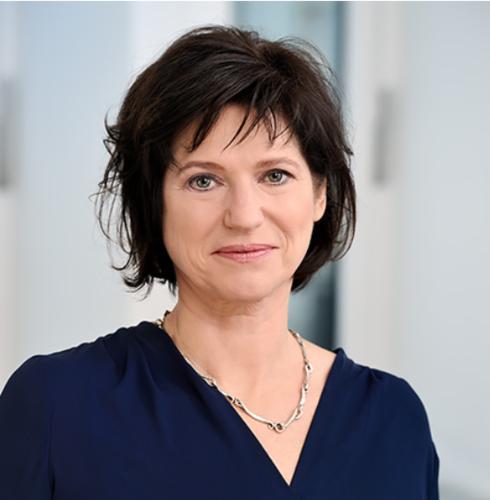 Manuela Frind, Geschäftsführerin