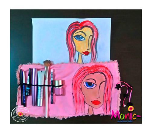 Tu Estuche de maquillaje personalizado con dibujo enviado- y/o nombre -  https://monnic.weebly.com/store/p112/pr-20