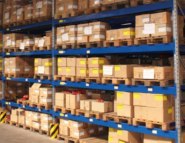 umfangreiche Lagerhaltung ermöglicht schnelle und zuverlässige Lieferung