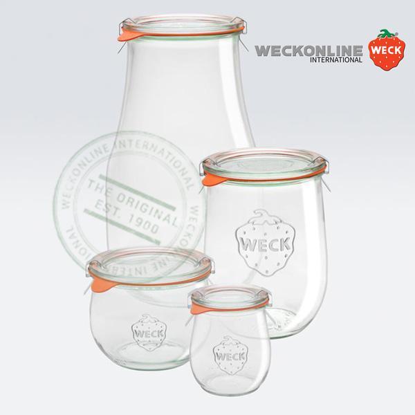 Bocaux en verre de la célèbre marque Weck ! Bocaux en verre avec joints en caoutchouc et couvercles en verre (inclus). Les clips de fermeture en inox sont en supplément, car ils sont réutilisables à c