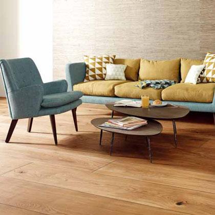 Pavimentos de alta calidad y de diseño. El parquet flotante más adecuado para una vivienda moderna, espectaculares tarimas macizas de la mejor madera y parquet de lujo para los más exigentes.
