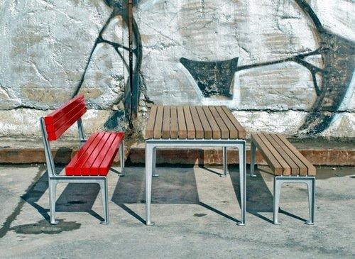 Aussenmöbelkollektion Holz und Aluminium