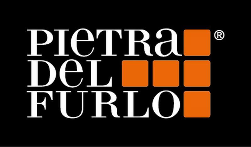 Pietra del Furlo è il materiale estratto nella provincia di Pesaro-Urbino nella colorazione bianca e rosa.