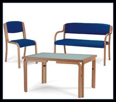 sedie e tavoli per la collettività