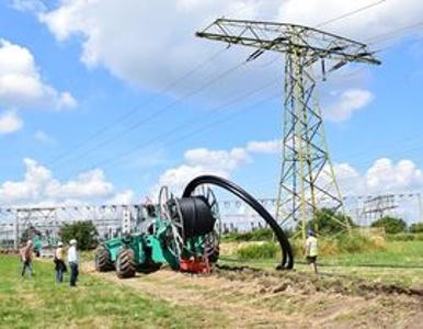 FOECK Verlegung von Stromkabel
