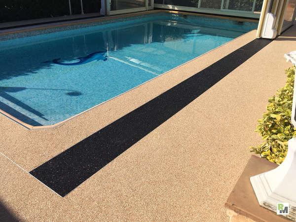 Swimming pool Mr Selva