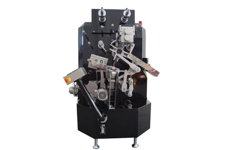 TRÇ 300 Çift Büküm  Sarma malzemeleri PVC, OPP, PP ve PET Film Ayarlanabilir matris mekanizması (Çikolata farklı modellere göre) (patentli) servo motor ile kağıt yuvarlama sistemi