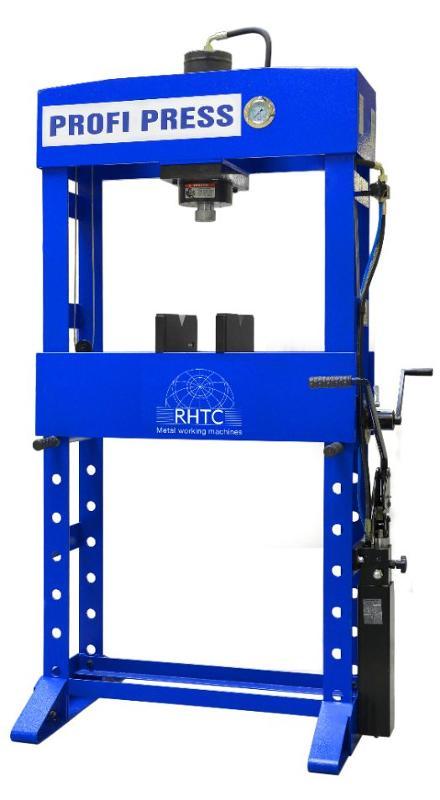 Manual operated hydraulic press