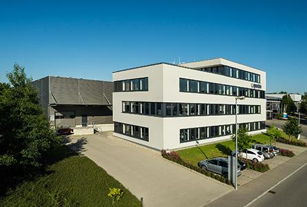 Facilities of 3.400 m² (Office and warehouse)