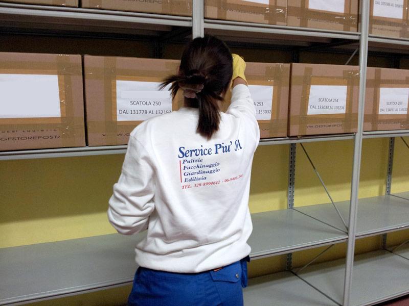 SERVICE PIÙ pulizia magazzini