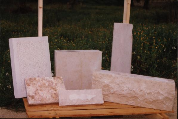 slice cut, sawn, chiseled or split slates.