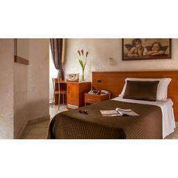 hotel 2 stelle con servizio di reception 24h su 24