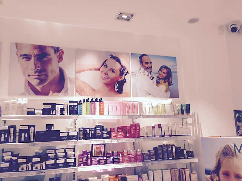 Compra las mejores marcas de cosmética farmacéutica en Sitges: somos expertos en productos para el cuidado de la piel y del cabello. Marcas exclusivas, asesoramiento personalizado. VEN!