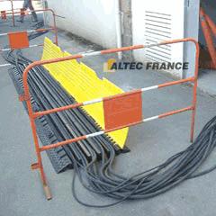 Passage de câble Altec