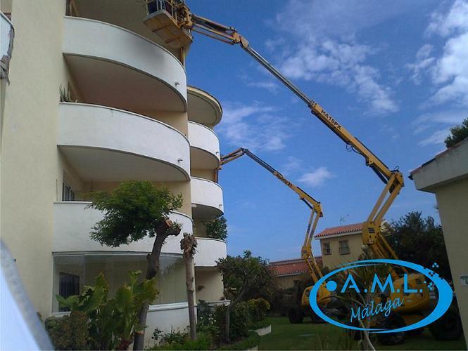 Reparación de fachada, desprendimientos y pintura. Comunidad de Vecinos, Hoteles