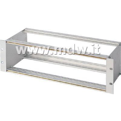 I subrack hanno dimensioni standardizzate, l'altezza è misurata in unità rack, generalmente 3, 6 e 9 unità ma si possono realizzare altezze superiori ed intermedie. http://www.armadi-rack.it/subracks/