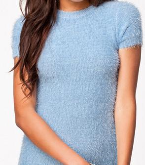ladies furry yarn pullover