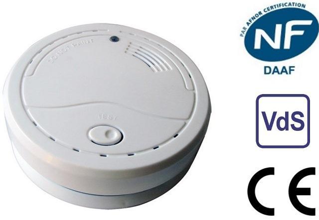 Détecteur de fumée homologué et certifié NF CE EN 14604. Testé et certifié selon les normes française NF et allemande.