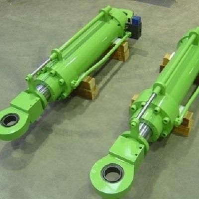 Cilindri sollevamento forno W.B. con blocco valvole e sistema controllo posizion