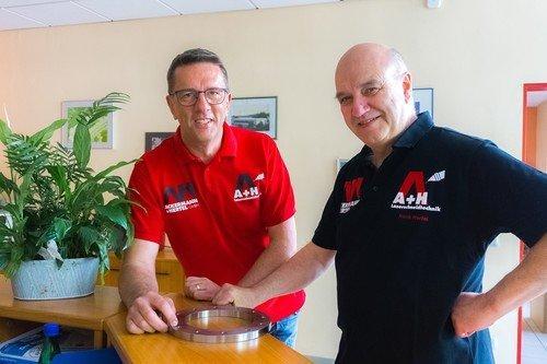 Geschäftsführer K. Ackermann + F. Hertel