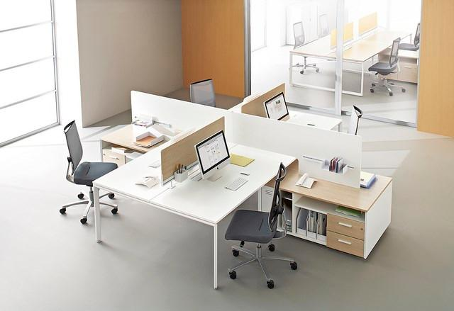 Le Design et la flexibilité de la gamme ERGOBENCH répond aux tendances architecturales actuelles.Une large gamme de plateaux de formes spécifiques vous offre de multiples solutions d'aménagement.