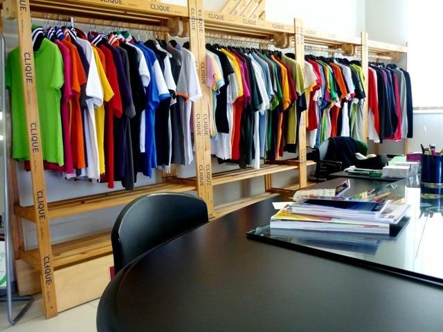 Abbigliamento e divise personalizzate per aziende