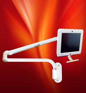 Braccio articolato per monitor o pc in versione a parete