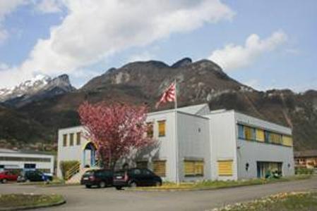 Firmensitz in der Schweiz